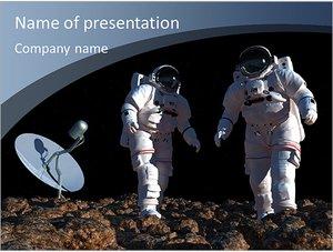 Шаблон презентации PowerPoint: Космонавты на другой планете