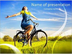 Шаблон презентации PowerPoint: Счастливая девушка на велосипеде