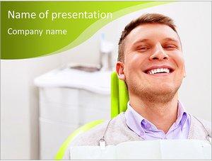 Шаблон презентации PowerPoint: Довольный пациент в стоматологическом кресле