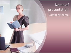 Шаблон презентации PowerPoint: Женщина бизнесмен