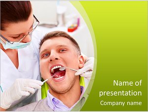 Шаблон презентации PowerPoint: Стоматолог лечит зубы пациента