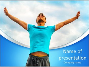 Шаблон презентации PowerPoint: Молодой человек на фоне неба