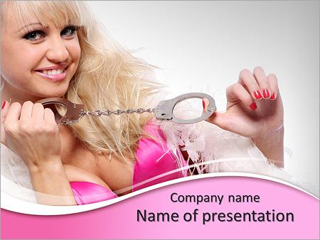 Шаблон презентации Сексуальная женщина с наручниками - Титульный слайд