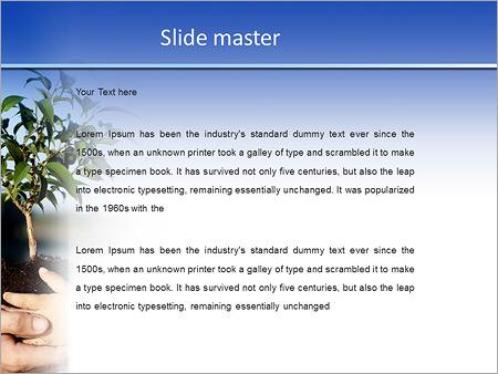 Шаблон PowerPoint Дерево саженец в руках - Второй слайд