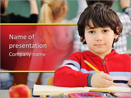 Шаблон презентации Ученик за партой - Титульный слайд