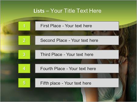 Шаблон для презентации Красивая невеста у дерева - Третий слайд