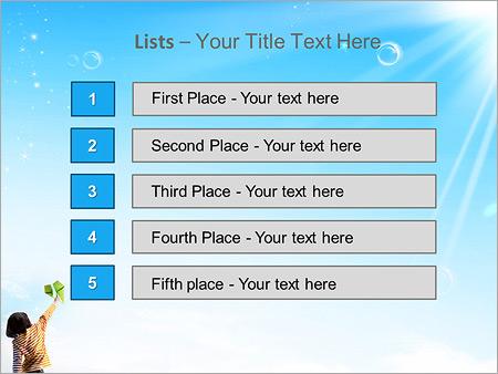 Шаблон для презентации Ребенок запускает бумажный самолет - Третий слайд