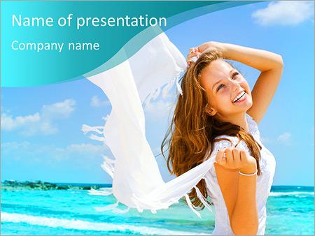 Шаблон презентации Девушка на берегу океана - Титульный слайд