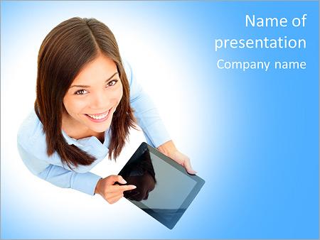 Шаблон презентации Деловая женщина с планшетом - Титульный слайд